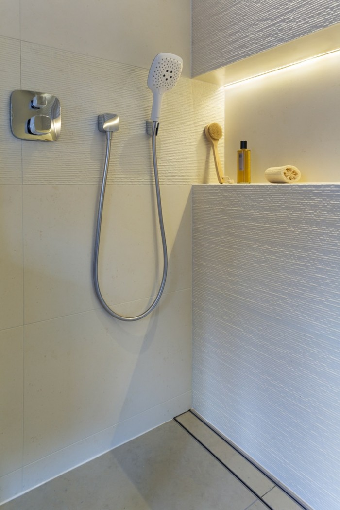 led lichterketten so bringen sie sich zu hause in stimmung. Black Bedroom Furniture Sets. Home Design Ideas