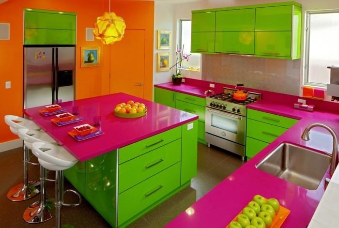 bunte küche grün lila orange kombinieren