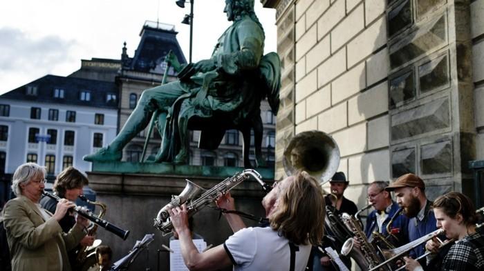 Die Jazzmusik Spricht Eine Universale Sprache Und Kennt Keine Grenzen ...