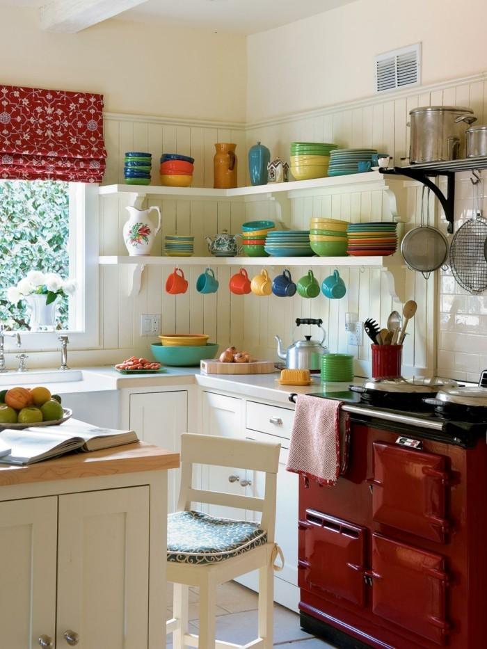 kücheneinrichtung farbiges geschirr rote küchenmöbel