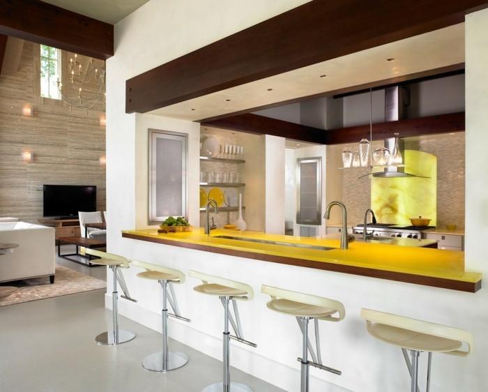 kücheneinrichtung gelbe arbeitsplatte moderne barhocker
