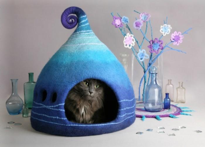 katzenhaus yuliya kosata blau streifen filz