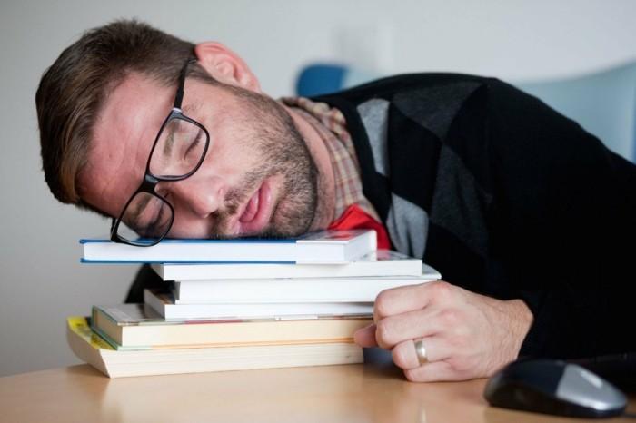 leben mit narkolepsie tipps symptome heilung medikamente übungen schlafstörungen müdigkeit schläfrigkeit sekundenschlaf