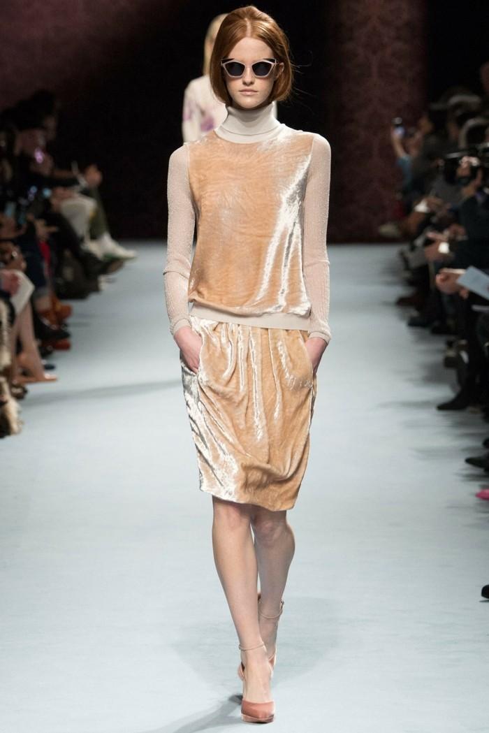 moderne kleider helle nuancen 2017 neujahr damenmode trends kollektionen auffaellig