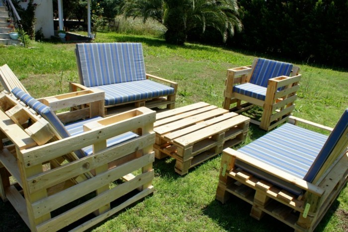 palettenmöbel ideen wanddekoration europaletten gartenmöbel sessel sofa couchtisch