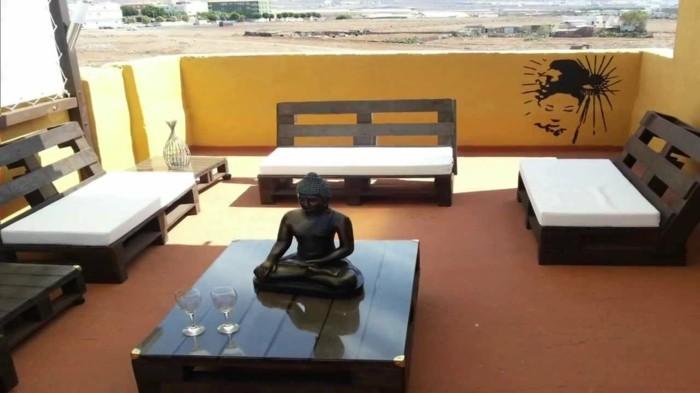 palettenmöbel ideen wanddekoration europaletten terrassenmöbel zen