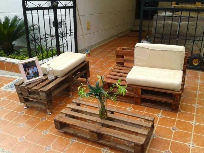 palettenmoebel europaletten wohnideen couchitsch sofa selber bauen