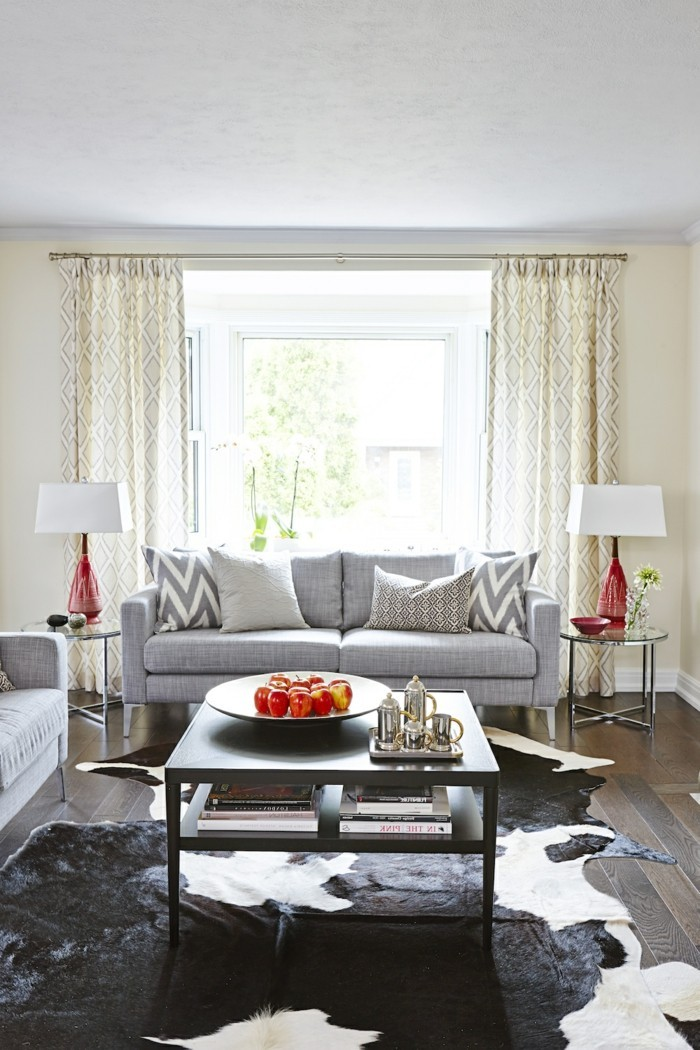 passende frühlingsdekoration frische wohnzimmergestaltung einrichtungsideen gestaltungsideen zimmerdeko