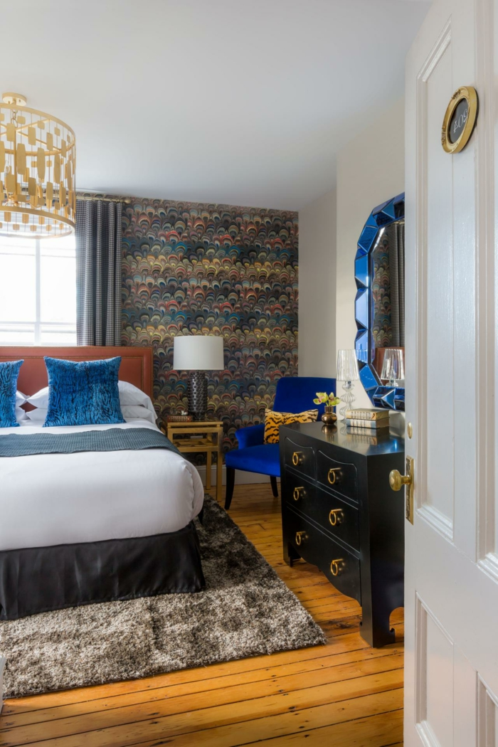 schlafzimmer ideen wandgestaltung farbige akzentwand