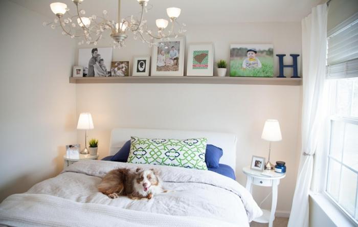 schlafzimmereinrichtung-gestaltungsideen-kleines-schlafzimmer-einrichtungsideen-raumvergrößerung-möblierung-stauraum-wandregal