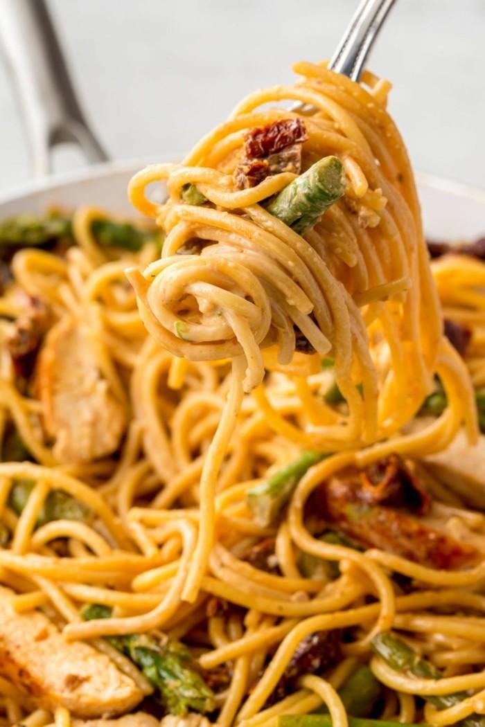 spargelzeit spaghetti