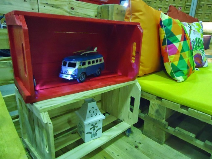 upcycling ideen möbel aus weinkisten dekoideen wohnideen37