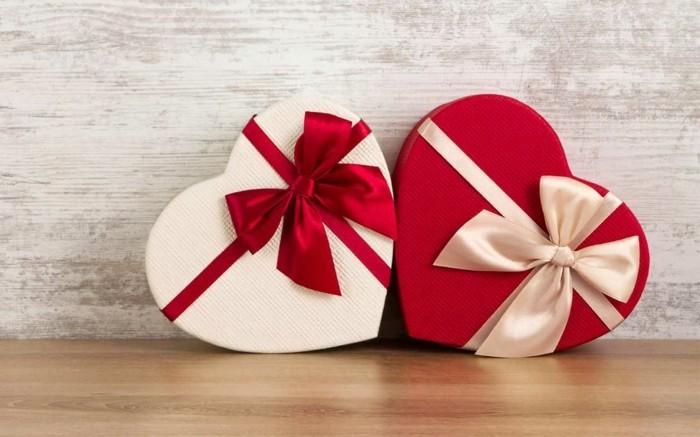 valentinstag geshcichte geschenke bonbons
