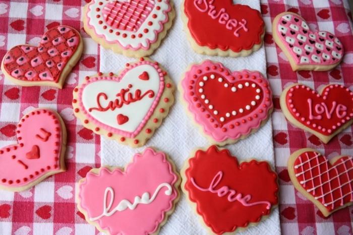 valentinstag ideen kekse dekorieren rot rosa