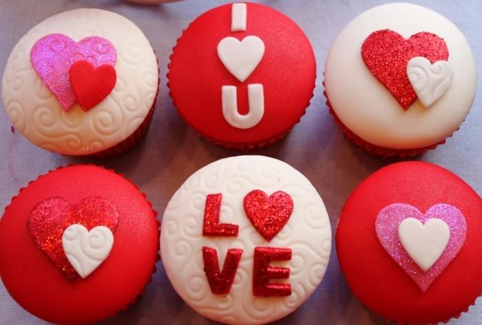 valentinstag kuchen muffins herzen love