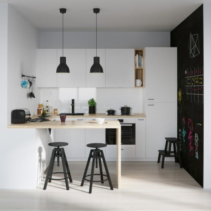 wohniddeen küche weiße einrichtung schwarze akzentwand farbige akzente