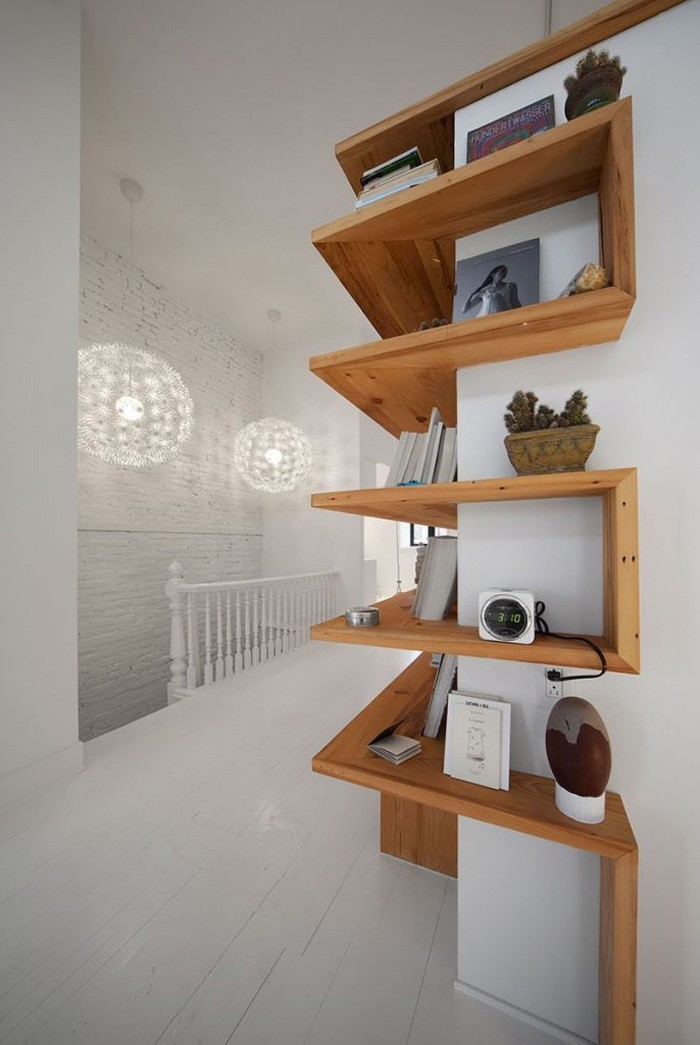 optimale raumnutzung durch eckregal. Black Bedroom Furniture Sets. Home Design Ideas
