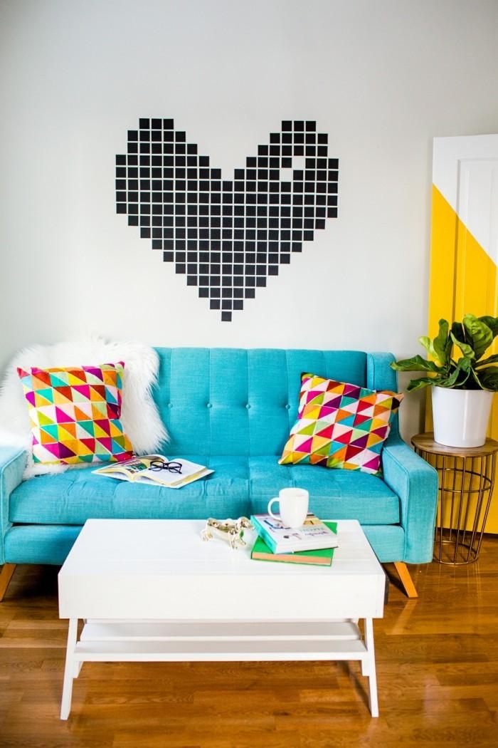 alles liebe zum valentinstag herz farbkontraste blaues sofa weißer couchtisch