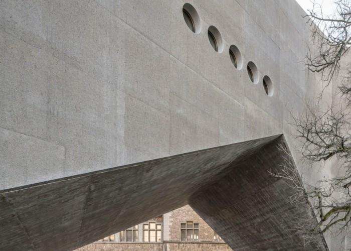 architeksturstile robuste elemente