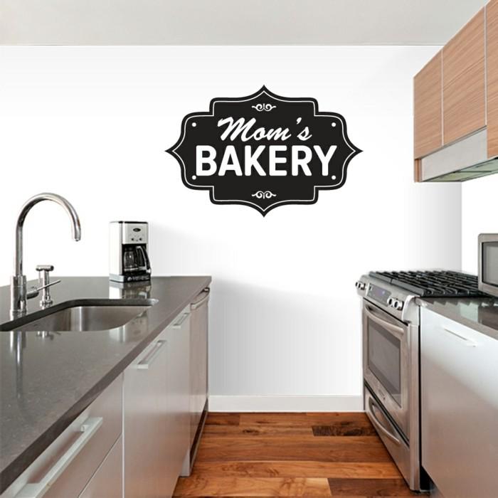 deko ideen küche schönes wandtattoo weße wände