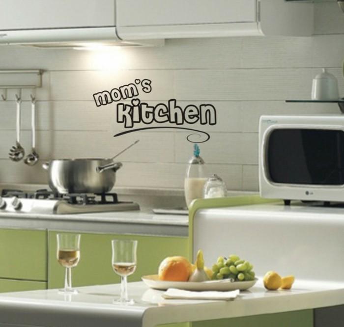 deko ideen küche wandtattoo grüne küchenschränke