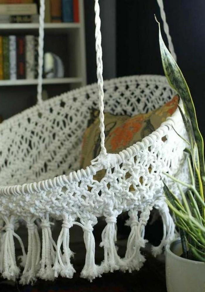 diy deko jugendzimmer hängesessel basteln dekokissen pflanze