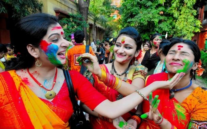 farben festival fruehling