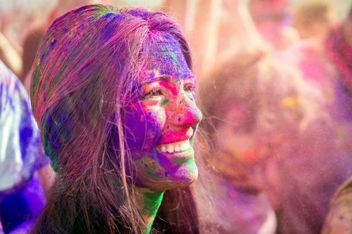 farben festival stimmung