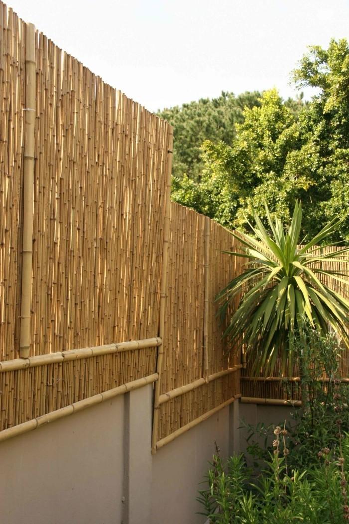 Garten sichtschutz sorgt f r angenehmes verweilen im for Garten paravent bambus