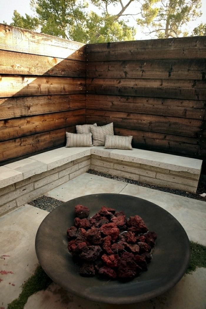 garten sichtschutz sorgt f r angenehmes verweilen im eigenen au enbereich. Black Bedroom Furniture Sets. Home Design Ideas