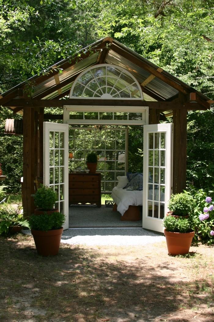gartengestaltung kleine gartenhäuser gartentipps