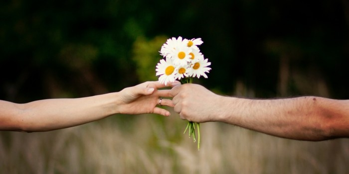 valentinstag ideen blumen verschenken liebe zeigen