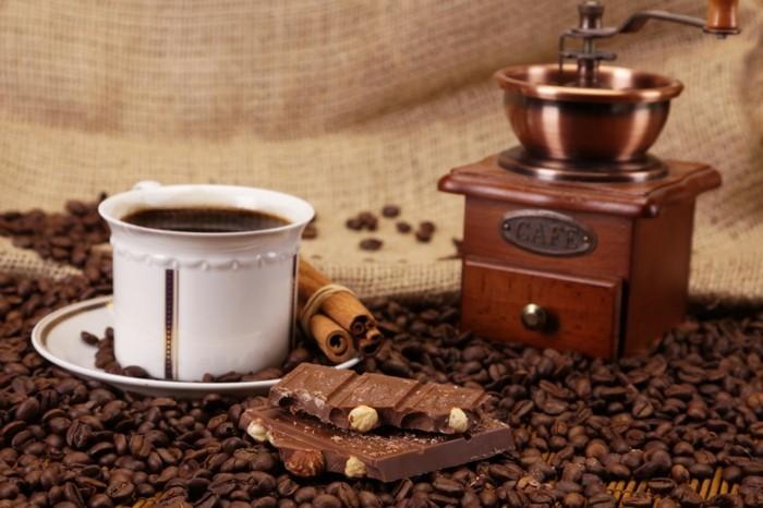 guten morgen kaffee türkisch vollmilchschokolade kaffeebohnen haselnüsse
