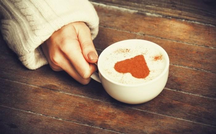 guten morgen kaffee valentinstag herz milchschaum