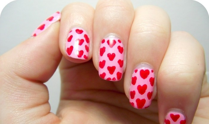 happy valentinstag nageldesign ideen herzen