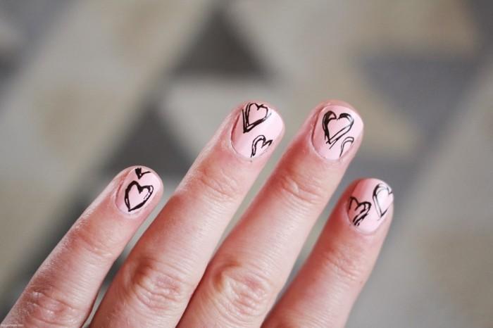 happy valentinstag rosa nägel schwarze herzen