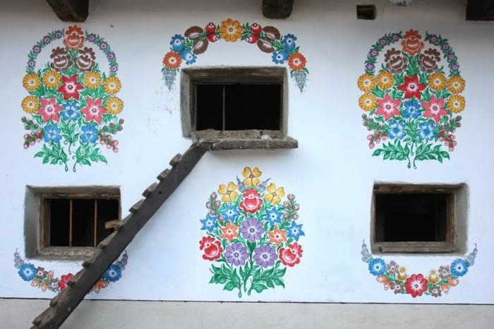 hausfassade gestalten zalipie ausgefallene dekoideen florale muster