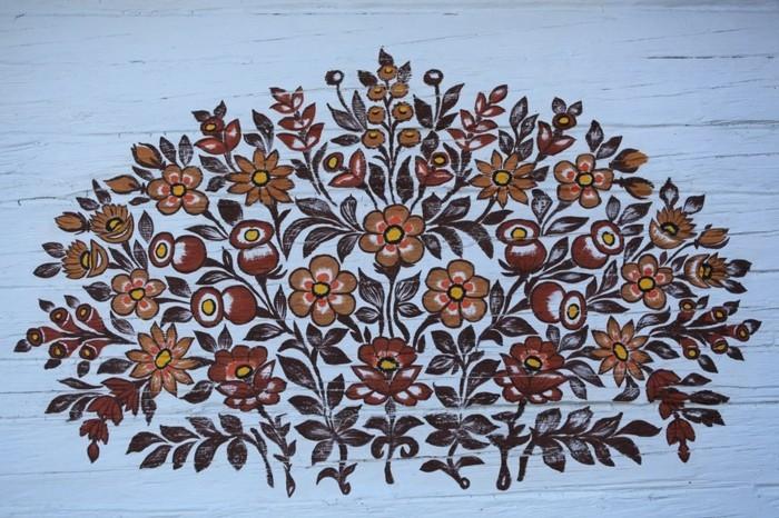 hausfassade gestalten zalipie florale deko