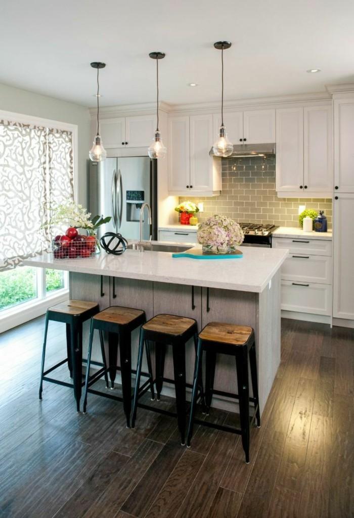 kücheneinrichtung beleuchtung ideen kücheninsel barhocker fensterschutz
