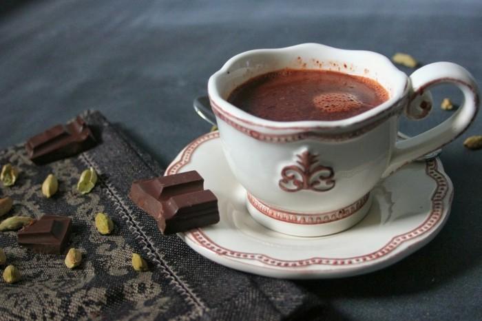 kardamom heisse schokolade