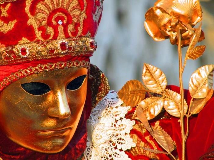 karneval in venedig piazza 19