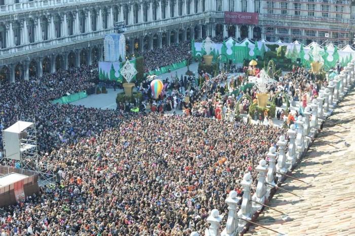 karneval in venedig piazza die stephano