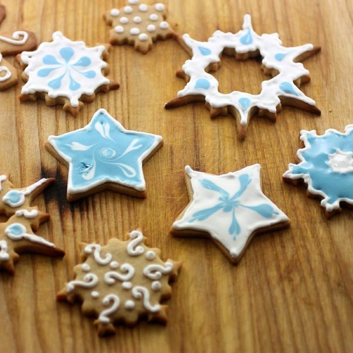 kekse backen weihnachten süßigkeiten zubereiten dekorieren