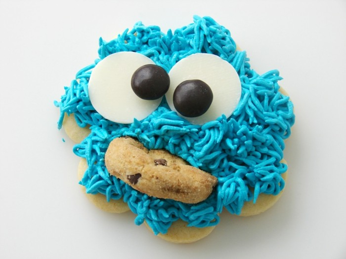 kekse selber backen monster blaue dekoration