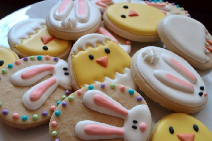 kekse verzieren lustige dekoration glazur