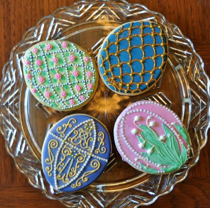 kekse verzieren osterplätzchen dekorieren ideen kleine details
