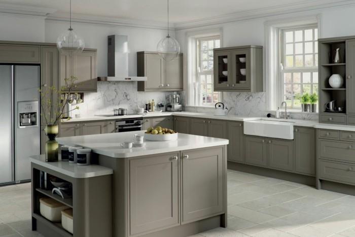 kleine küche einrichten kücheninsel große arbeitsfläche