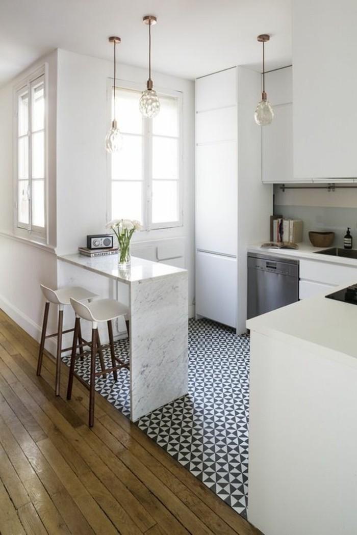 kleine küche einrichten weiße küchenschränke stauraum ideen