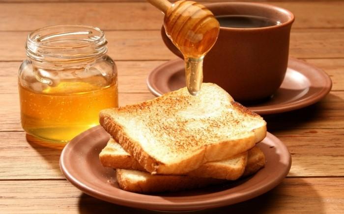 manuka honig gesund frühstück tee toast brot