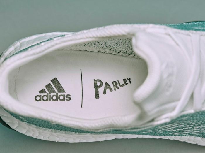 Nachhaltige Kleidung von Adidas: Die Firma schafft zusammen